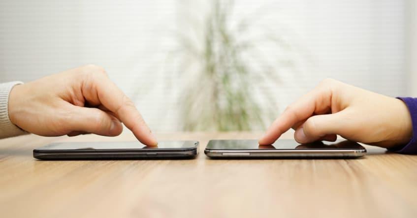 volhighspeed_blog_beitragsbild_datenübertragung_smartphone